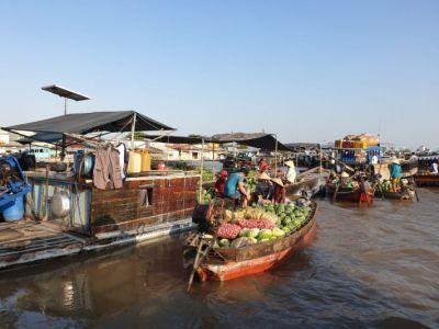 Ploveca trznica na Mekongu