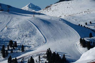 Sjajna staza Agnello u ski centru Latemar iznad Predazza